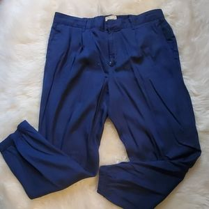 Gap cropped khakis